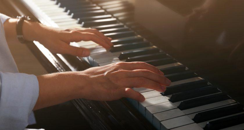Những cây đàn organ thường sử dụng trong các đám tiệc