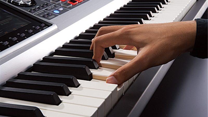 So sánh đàn keyboard Yamaha với đàn keyboard Casio, Roland