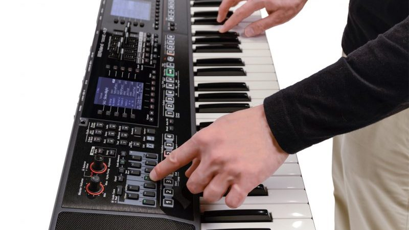 Đàn organ Roland EA7 Mới 100% Giá 27 Triệu